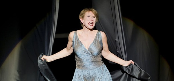 Dagmar Manzel in THE SEVEN DEADLY SINS, Komische Oper Berlin.